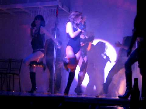 9 Night Club in Bangkok: Ladyboys Ladyboys Ladyboys!