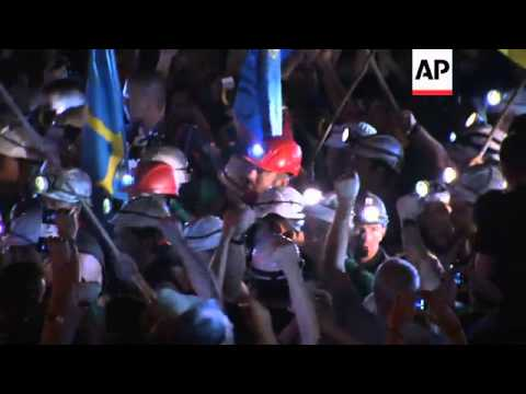 Marching coal miners arrive in Madrid