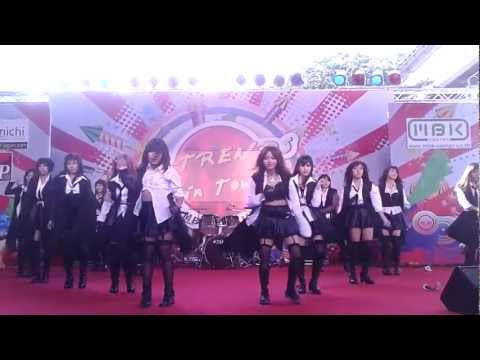 [121222] CandyPops cover AKB48 :: Overture + UZA + River! @  J-Trends in Town 2012