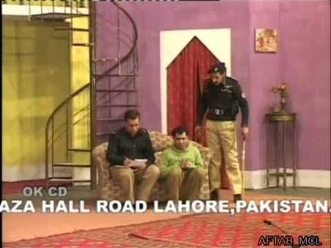 Uncle Majnu Aunty Heer - Full Pakistani Stage Show  OnlineHindustan...
