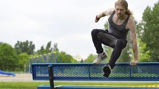 Learn Your First Parkour Vault In 5 Minutes - How To Safety Vault