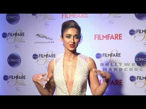 HOT Ileana D'Cruz at Filmfare Glamour & Style Awards 2015