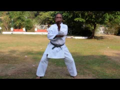 Shorin Ryu Seibukan Karate Kata Tekki Shodan By Indian Senior Sensei Xavier video