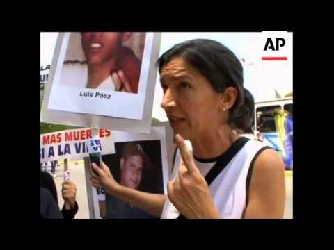 Hundreds of women protest against violent crime