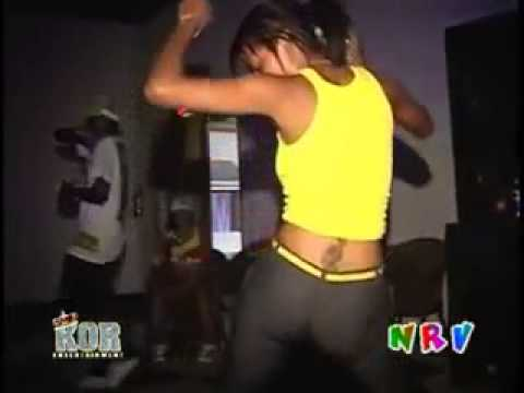 Jamaican girl pants ripped apart on the dancefloor