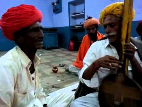 Marvadi Desi Bhajan Akoli [uksinghji & Ransinghji video