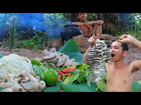 Primitive Technology With Survival Skills Cooking Cow's Intestine For Food