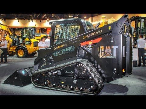 Caterpillar's special edition black skidsteer leaving Conexpo 2017