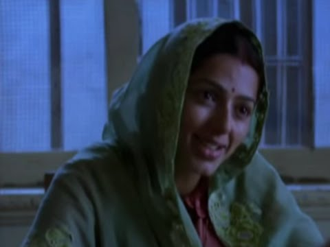 Bhumika Chawla comes to meet Akshay Khanna - Gandhi My Father Video