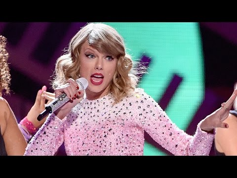 Taylor Swifts Shake It Off Performance - iHeartRadio Music Festival...