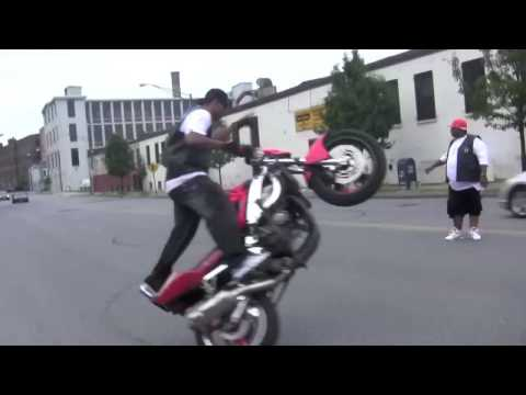"JADAKISS VIDEO SHOOT.... RUFF RYDERS CRAZY BIKE STUNTS ""Who"