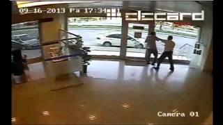 istanbulda silahlı banka soygunu