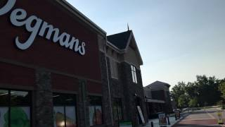 Largest Grocery Store in the WORLD!!! Tour of a Wegmans