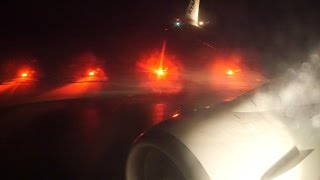 Awesome spool up - Ryanair Boeing 737-800 takeoff from Szcezcin