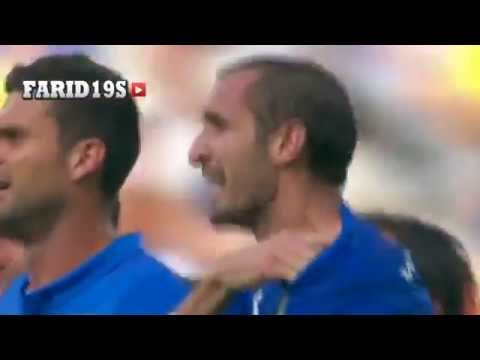 FIFA World Cup 2014  Luis Suarez Vampire ! bites Giorgio Chiellini عضة  لويس سواريز 2014