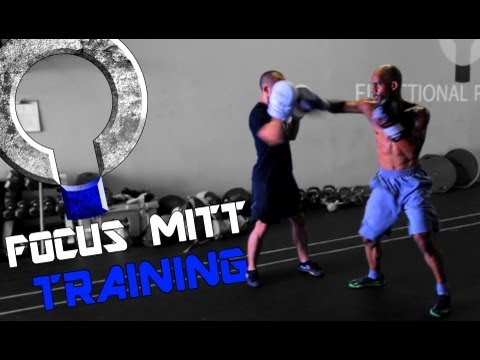 Boxing Workout - Focus mitt training with Devo Donaldson Image 1