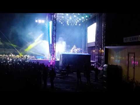 (2014-10-19) [00:07:27] Banda MS en Zitácuaro