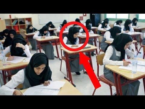 Öğretmen Bu Öğrencinin Davranışından Rahatsız Oldu. Ona Yaklaştığında İse Sürpriz Oldu