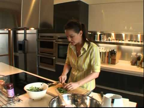 Dish With Vivien – Vegetable Burgers