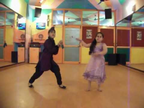 Rani Tu Mein Raja - Son Of Sardaar couple dance by step2step...