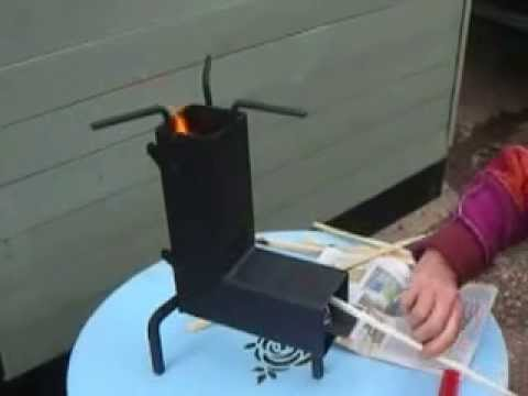 Fireing up of the DK folding rocket stove