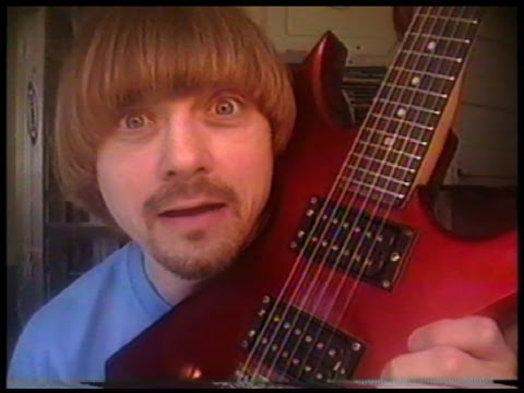 How To Do Guitar Shredding 2013 --(Weird Paul)  Guitar Shredding Lesson