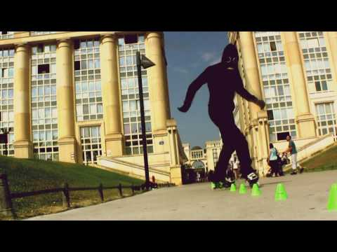 Video: Amazing freestyle slalom roller skating: Jackson (skalienation)