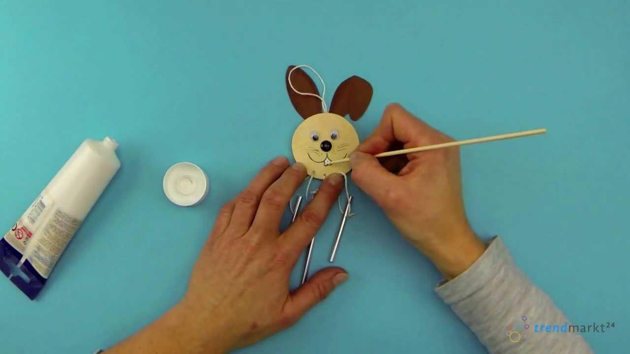 ostern basteln kindergarten hase klangspiel windspiel. Black Bedroom Furniture Sets. Home Design Ideas
