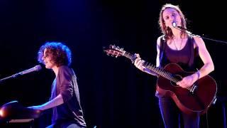 Skye amp Claire Joseph - Solitary Man  ThГГtre TraversiГЁre 11.02.11