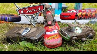 Disney Cars 3 Toys Lightning Mcqueen Vs Chick Hicks Jackson Storm and Francesco