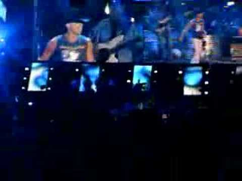 Kenny Chesney Summertime Live