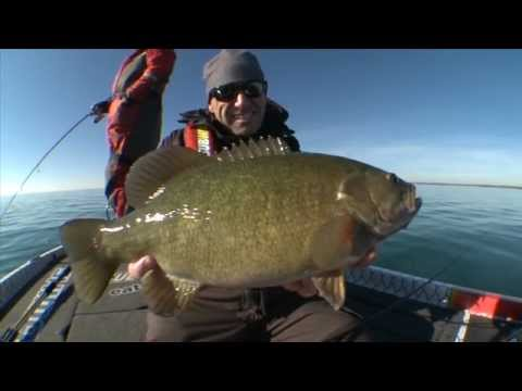 Using Braid for Deep Water Smallmouth Bass - Facts of Fishing THE SHOW