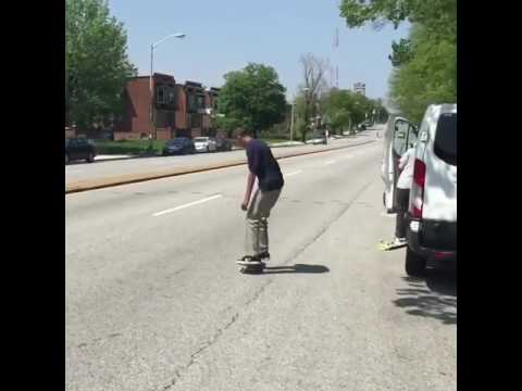 Butter @louielopez 📹: @benchadourne   Shralpin Skateboarding