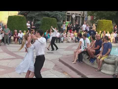 Hallelujah - Viennese Waltz on Vigadó Square, Budapest - Hungary