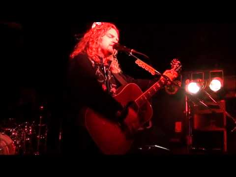 Frank Hannon-The Hills Of California/Love Song Intro-Orangevale,Ca 12-31-2011