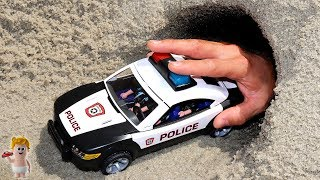 Learn colors with Assembling Playmobil Police Cars Vehicles Toys for Kids