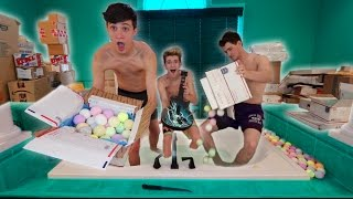 100 BATH BOMBS BATHTUB CHALLENGE! (FANMAIL OPENING)