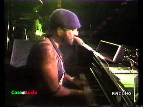 Lucio Dalla - Cosa sarà (live 1982)