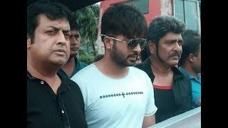 ভারতীয়  ছবি ঠেকাতে রাস্তায় নামলেন শাকিব খান      Shakib Khan , Omar Sani & Amit Hasan 2016