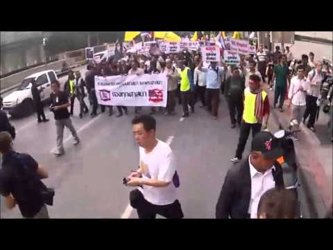 Thousands Thai Protesters Surround More Government Buildings