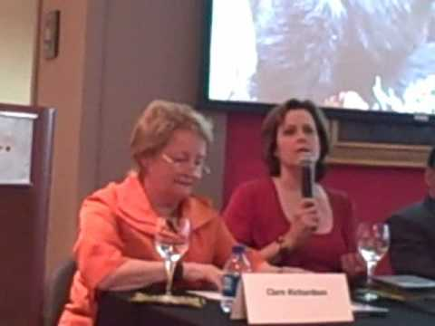 Sigourney Weaver Avatar Interview (and gorillas)