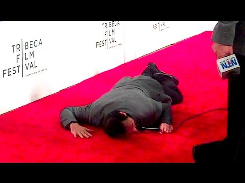 PASSED OUT ON THE RED CARPET!