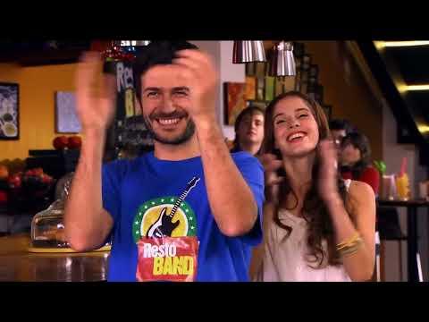 Violetta - Momento Musical: Violetta canta en el Restó Band