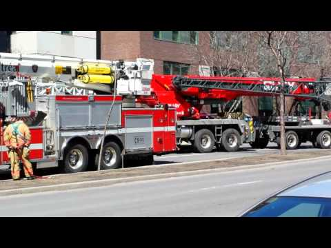 BREAKING NEWS: A crane has toppled over in Montreal