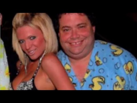 Goper Sued Over Wet Dreams, Drunk Threesomes & A Dirty Website video