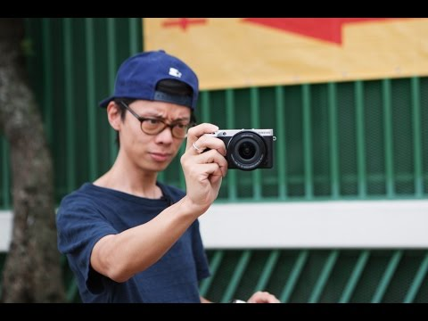 Samsung NX500 Hands-on - 5D Mark III Killer?