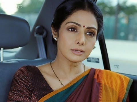 English Vinglish Review - It's All About 'English Vinglish'