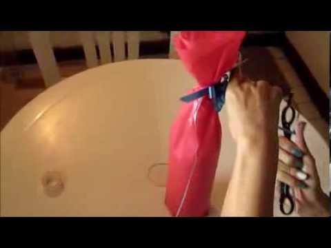 Como empacar una botella en papel seda para regalo - Botellas de vidrio para regalo ...