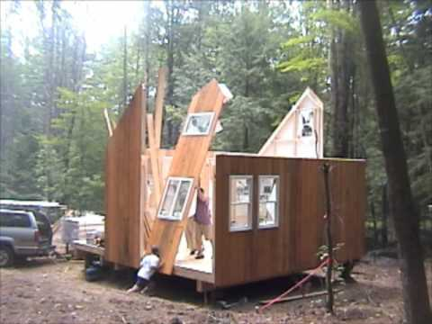 Where to build a small house youtube for Sip home packages