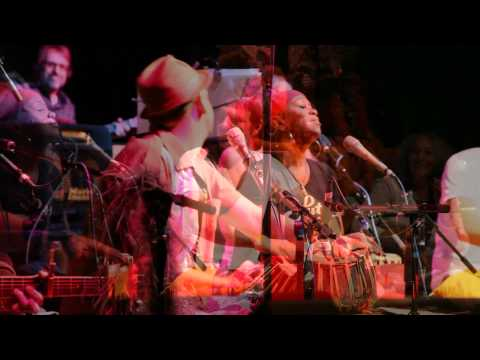 Bhakti Fest 2010 - Dave Stringer & Friends Performance 1080p HD